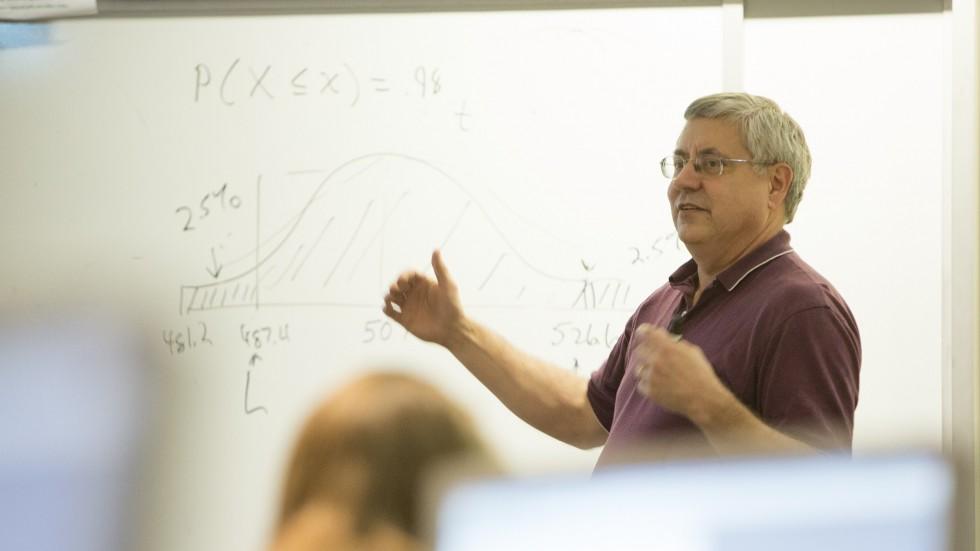 Eugene Quinn teaching class