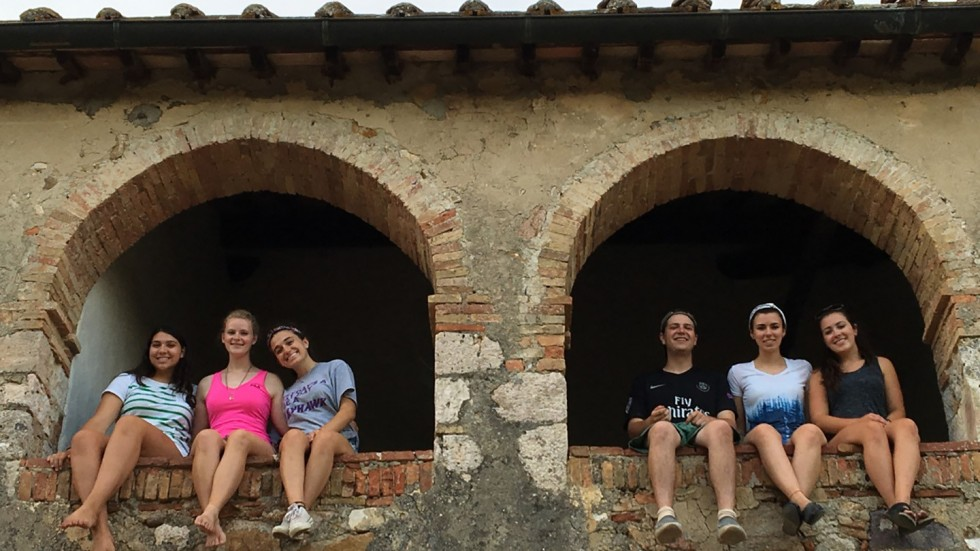 Students studying in Italy as part of Mindful Palette